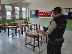 Gemlik Belediyesi okulları dezenfekte etti